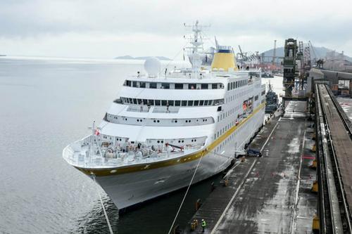 Já pensou? Ilha do Mel pode começar a receber navios de cruzeiro