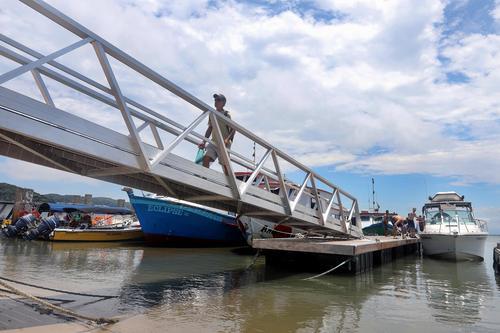 Governo investe R$ 8 milhões em melhorias na infraestrutura da Ilha do Mel